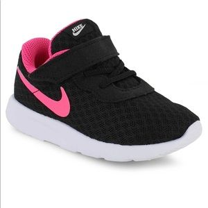Nike Black White & Hyper Pink Tanjun Shoes Size 7C